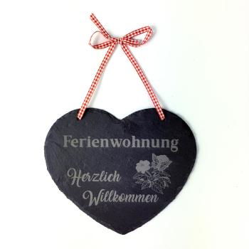 """Schieferherz 20 x 17 cm mit Spruch """"Ferienwohnung..."""