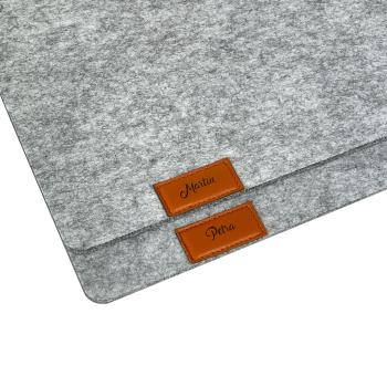 Personalisierte Filz Platzdeckchen 45 x 30 cm hellgrau...